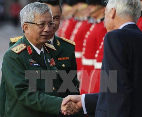 Đoàn Bộ Quốc phòng Việt Nam, do Thứ trưởng, Thượng tướng Nguyễn Chí Vịnh dẫn đầu, dự Hội nghị cấp Bộ trưởng Quốc phòng các nước tham gia lực lượng gìn giữ hòa bình của Liên hợp quốc tại London (Anh) ngày 8/9/2016. (Ảnh: Tư liệu TTXVN)