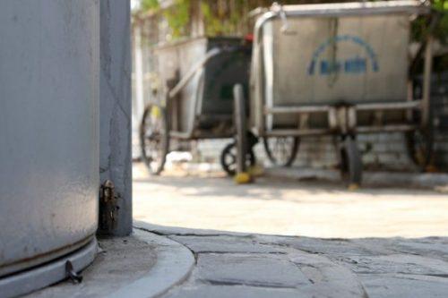 Hà Nội: Hàng chục toilet công cộng mới hoạt động đã bí bét - Ảnh 4.