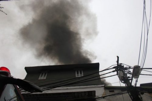 Hà Nội: Cháy nhà 3 tầng khiến 1 người chết - Ảnh 2.