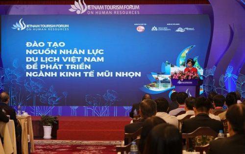 Thủ tướng nhấn mạnh 3 chữ C trong phát triển nhân lực ngành du lịch - 3
