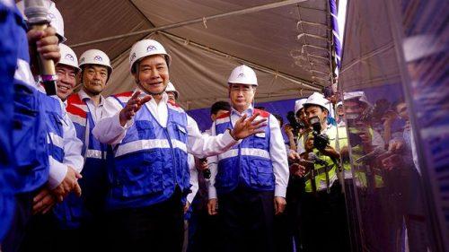 Thủ tướng Nguyễn Xuân Phúc thị sát tuyến metro số 1 của TPHCM - 7
