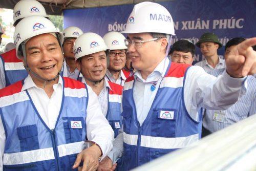 Thủ tướng Nguyễn Xuân Phúc thị sát tuyến metro số 1 của TPHCM - 4