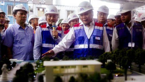Thủ tướng Nguyễn Xuân Phúc thị sát tuyến metro số 1 của TPHCM - 6
