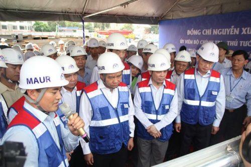 Thủ tướng Nguyễn Xuân Phúc thị sát tuyến metro số 1 của TPHCM - 2