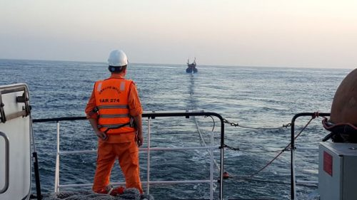 Tàu cá ngư dân Quảng Nam bị nạn