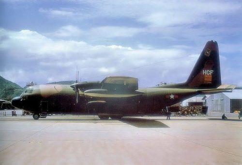 Khám phá 7 vận tải cơ khổng lồ Việt Nam thu giữ sau năm 1975 - 9