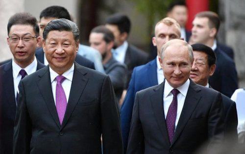 """Nga - Trung Quốc xích lại gần nhau giữa """"bão"""" căng thẳng với Mỹ - 1"""