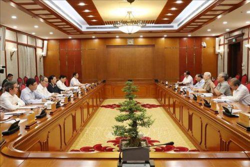Tổng Bí thư, Chủ tịch nước họp Bộ Chính trị, xem xét công tác nhân sự - 2