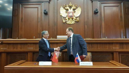 Nga sẽ tiếp nhận 20.000 lao động Việt mỗi năm - Ảnh 1