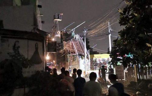 Mưa giông lớn gây hàng loạt sự cố ở Sài Gòn - 2