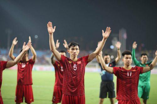 tin sang (12/10): bao indonesia khang dinh doi nha khong the thang dt viet nam hinh anh 1