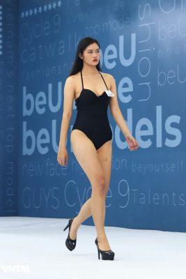 thi sinh vietnam's next top model dien ao tam ho bao khi tuyen truc tiep hinh anh 4