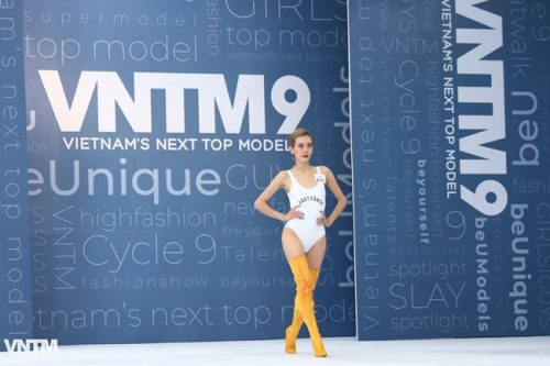 thi sinh vietnam's next top model dien ao tam ho bao khi tuyen truc tiep hinh anh 15
