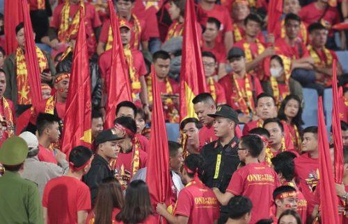 Việt Nam - UAE 1-0: Việt Nam vươn lên ngôi đầu bảng G ảnh 6