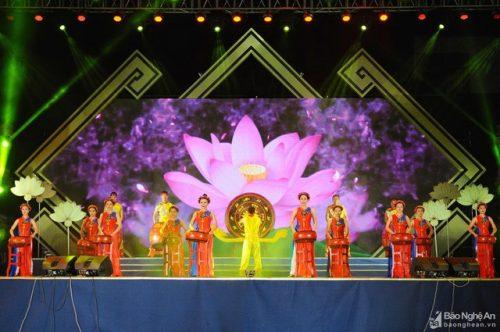 Tổ chức Lễ hội Làng Sen toàn quốc năm 2020 - Ảnh 1.