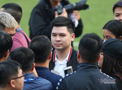 Chủ tịch CLB Hà Nội mong có thêm nhiều Văn Hậu