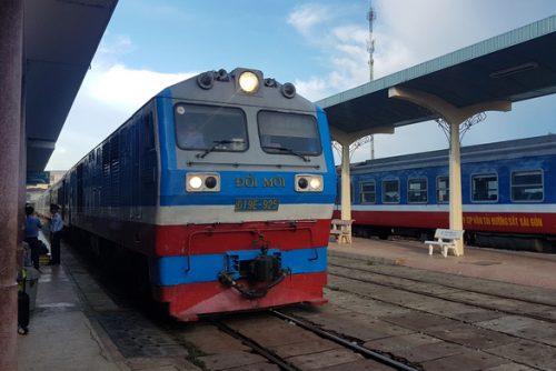 Đánh giá toàn diện đề xuất chuyển Tổng công ty Đường sắt về Bộ Giao thông vận tải - Ảnh 1.