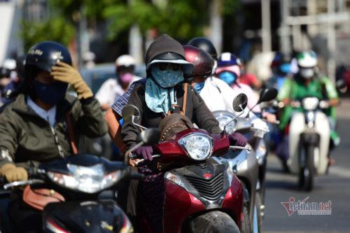 Vì sao thời tiết Sài Gòn ngày nắng nóng, đêm oi bức