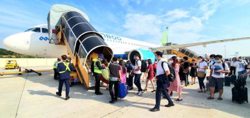 Chưa chốt ngày bay quốc tế, hàng không ưu tiên nội địa - Ảnh 1.