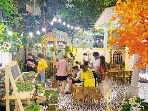Bật mí 7 cách thiết kế quán cafe sân vườn đẹp - 2