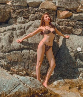 Vẻ đẹp tân Hoa hậu chuyển giới Thái Lan 2020 mặc bikini quyến rũ không kém Hương Giang - Ảnh 7.