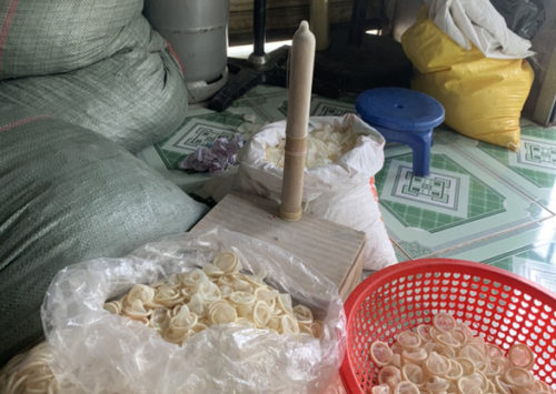 Thu hơn 320.000 bao cao su đã qua sử dụng được tái chế - Ảnh 2.
