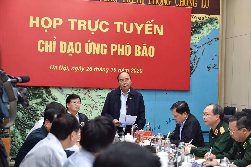 Bão số 9 ảnh hưởng tới Nam Trung Bộ từ đêm mai, 27/10, Thủ tướng Chính phủ ra công điện khẩn - Ảnh 1.