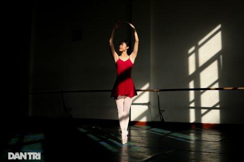 Ngất ngây vẻ đẹp của nữ sinh giành giải thưởng Tài năng múa dân gian - 10