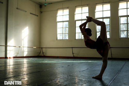 Ngất ngây vẻ đẹp của nữ sinh giành giải thưởng Tài năng múa dân gian - 6