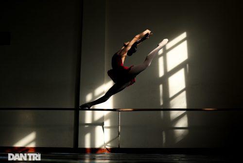 Ngất ngây vẻ đẹp của nữ sinh giành giải thưởng Tài năng múa dân gian - 11