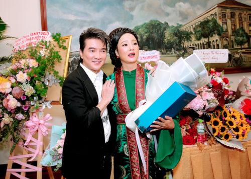Đoàn Minh Tài diện trang phục cổ trang khi hóa thân thành Kim Trọng trong sự kiện - Ảnh 3.