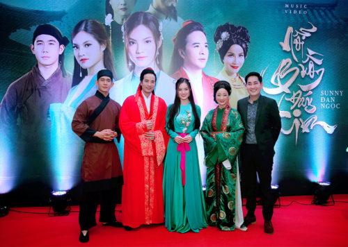 Đoàn Minh Tài diện trang phục cổ trang khi hóa thân thành Kim Trọng trong sự kiện - Ảnh 5.