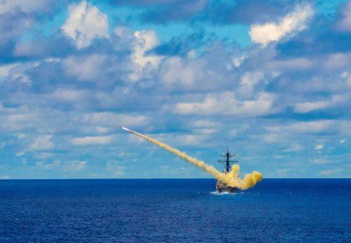 Mỹ - Trung thổi lửa vào khu vực Đông Á - Ảnh 1.