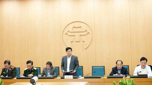 Phó Chủ tịch Hà Nội: Không đeo khẩu trang không cho vào chợ, bến xe...