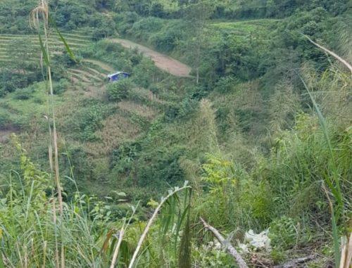 Vụ xe U oát lao xuống vực: 6 du khách Đà Nẵng đi thăm sông Nho Quế - Ảnh 3.