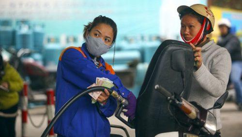 Giá xăng, dầu bật tăng mạnh