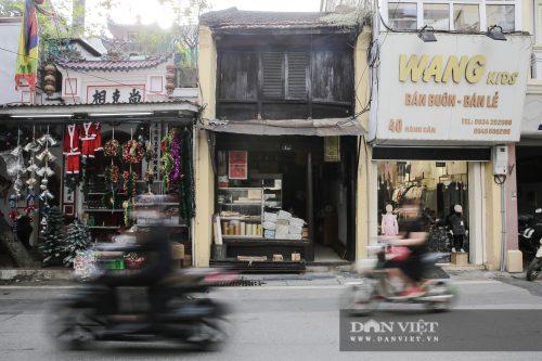 """Căn nhà hình """"hộp diêm"""" hơn 130 năm tuổi độc nhất phố cổ Hà Nội - Ảnh 1."""