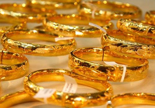 Giá vàng hôm nay 22/1: Mỹ ghi kỷ lục buồn, vàng biến động khó lường