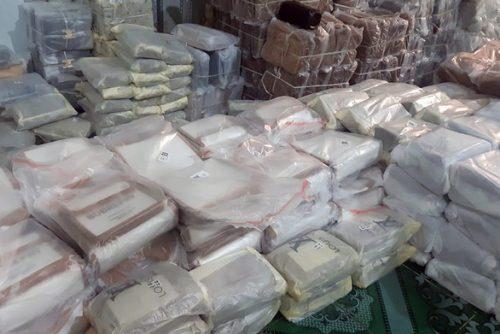 Đồng Nai phát hiện 6.000 sản phẩm giả nhãn hiệu bán cho công nhân - Ảnh 2.