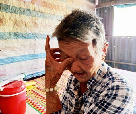 Nhói lòng cảnh chị em mồ côi sống nghèo khổ chăm bà nội 80 tuổi - 3