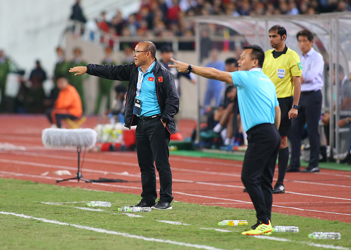 Thầy Park trở lại tuyển Việt Nam: Chiêu hiền đánh 'quả lớn'