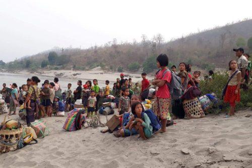 Chính quyền quân sự Myanmar đơn phương đình chiến 1 tháng với các lực lượng thiểu số - Ảnh 1.