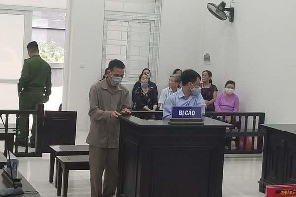 Lừa góp vốn kinh doanh sòng bài, chiếm đoạt tiền tỷ ở Hà Nội