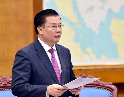 Bộ Chính trị phân công Bộ trưởng Đinh Tiến Dũng làm Bí thư Hà Nội thay ông Vương Đình Huệ - Ảnh 1.