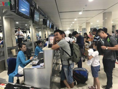 Vietnam Airlines đòi áp giá sàn, hết thời vé máy bay 0 đồng?