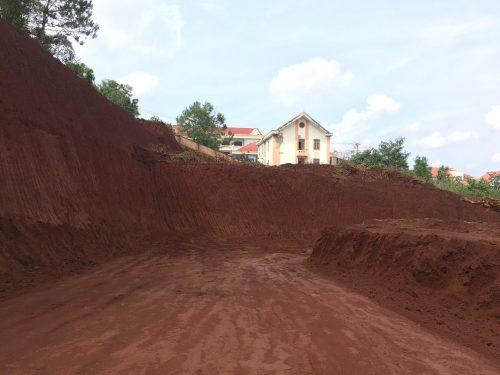 Đắk Nông: Thanh tra toàn diện việc cấp phép xây dựng phá vỡ quy hoạch giữa lòng TP. Gia Nghĩa  - Ảnh 1.