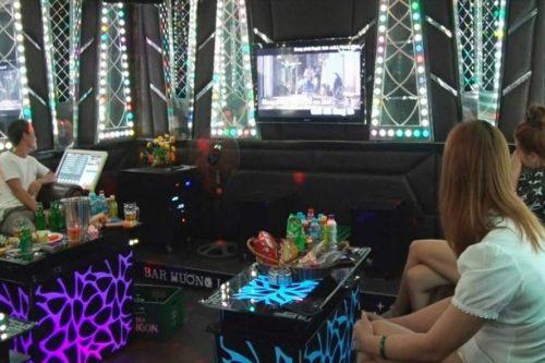 Thái Bình: Xử phạt chủ quán karaoke và khách hát bất chấp lệnh giãn cách
