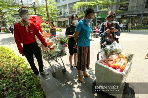 Bị phong toả, cư dân Park 10 Times City đặt mua hàng yến thực phẩm để dự trữ - Ảnh 5.