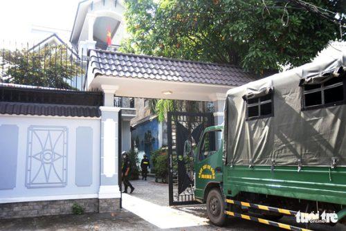 Vụ 2,7 triệu lít xăng giả: Khám xét thêm 1 trạm xăng dầu tại TP Biên Hòa - Ảnh 2.