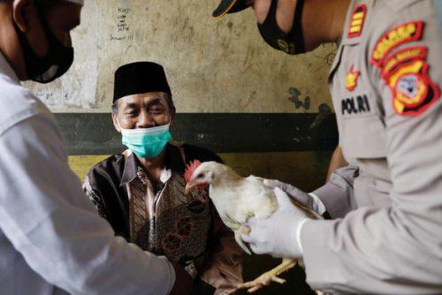 Indonesia tăng gấp đôi số ca COVID-19 chỉ trong một tuần - Ảnh 2.